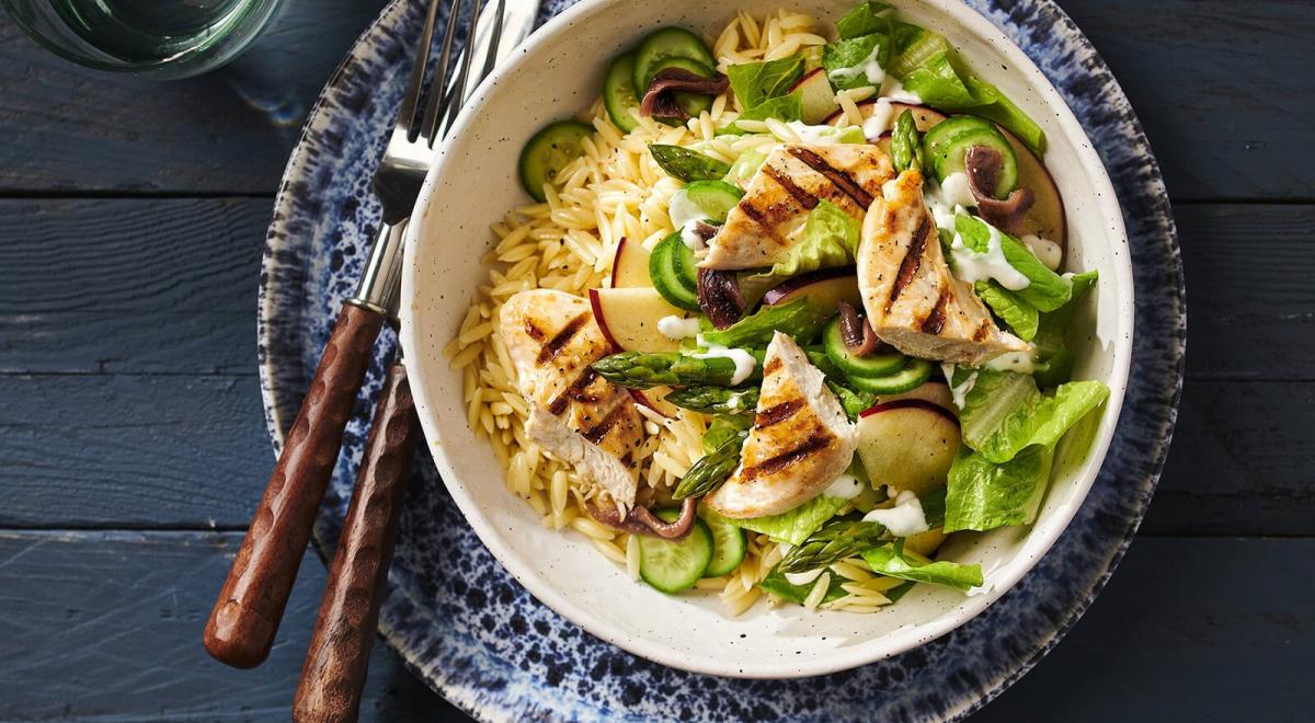 Orzo: rijst of pasta? Over koken, voedingswaarde & recepten
