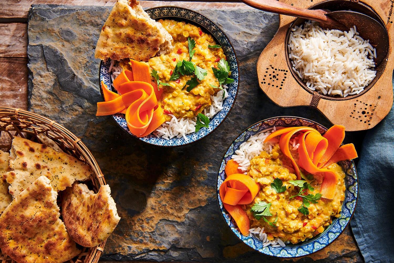Milde Maleisische linzencurry & snelle wortelpickle