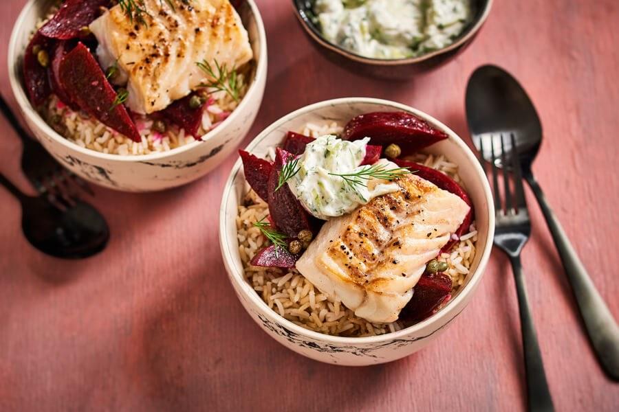 Kabeljauw met bietensalade en dille-yoghurt