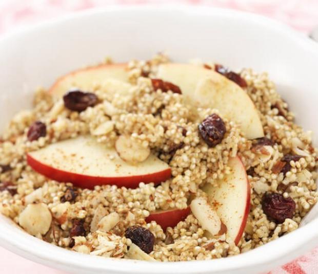 Romige quinoa  met appel en cranberry's