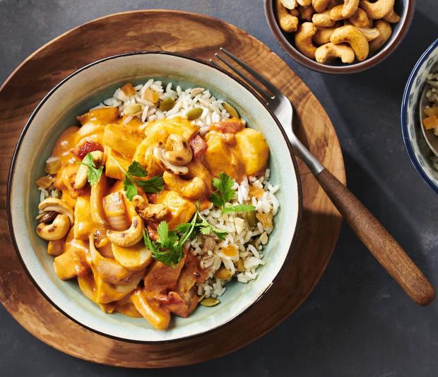 Thaise curry met pastinaak en cashewnoten