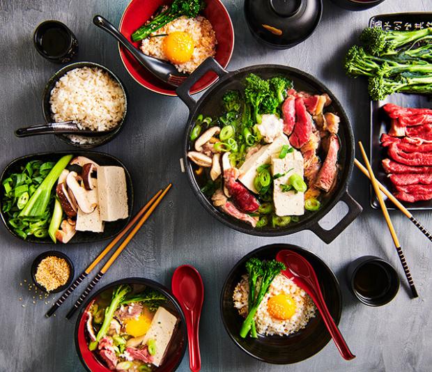 Japanse sukiyaki hotpot