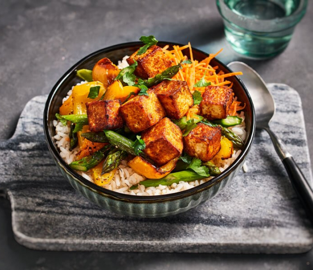 Krokante tandoori tofublokjes