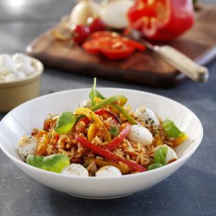 Italiaanse rijst  met paprika en mozzarella