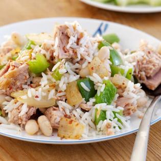 Rijstschotel  met tonijn en paprika
