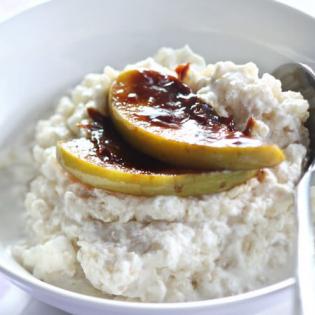 Romige gort  met appelkaramel