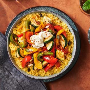 Couscous Maroc met gestoofde zomergroenten en labne
