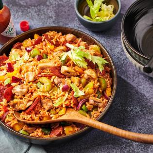 Pittige jambalaya met kip en chorizo