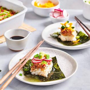 Traybake Poké Spicy tuna & avocado