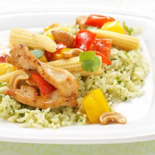 Thaise curry  met kip, maïs en pandanrijst