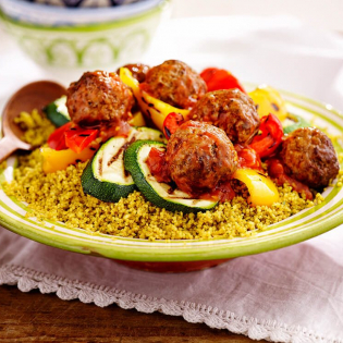 Gehaktballetjes met gegrilde groenten en couscous