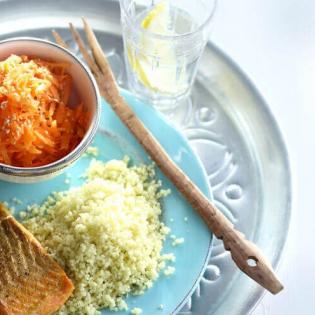 Zalm met wortelsalade en couscous