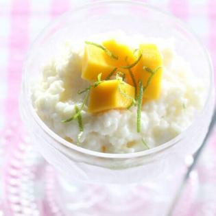 Kokosrijst met mango en limoen