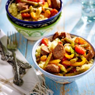 Braadworst  met groentestoof en couscous