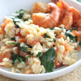 Risotto met gamba's, spinazie en tomaat