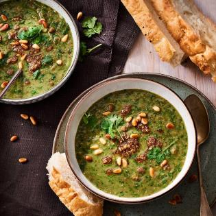 Libanese linzensoep met spinazie