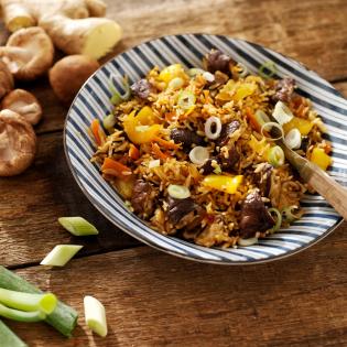 Oosterse rijst met shiitake en gember