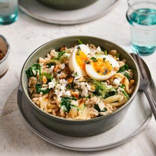 Risotto met spinazie, ei en geitenkaas